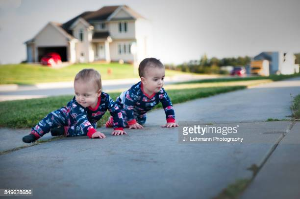 12 month Fraternal Twin Babies Explore Their Neighborhood While in Pajamas