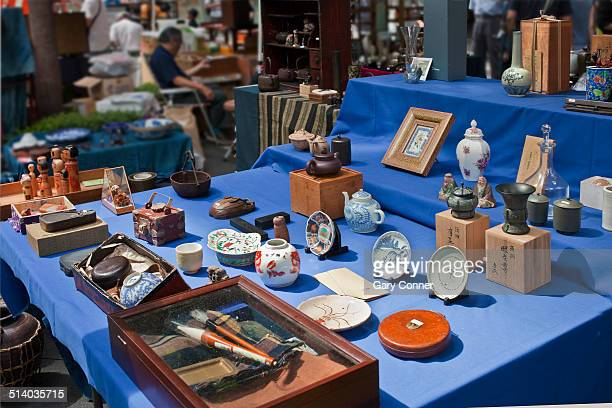 Monthly antique market