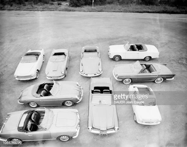 Montlhéry France 13 septembre 1960 Photographiées sur le circuit de Montlhéry les voitures décapotables qui seront présentées en octobre au 47ème...