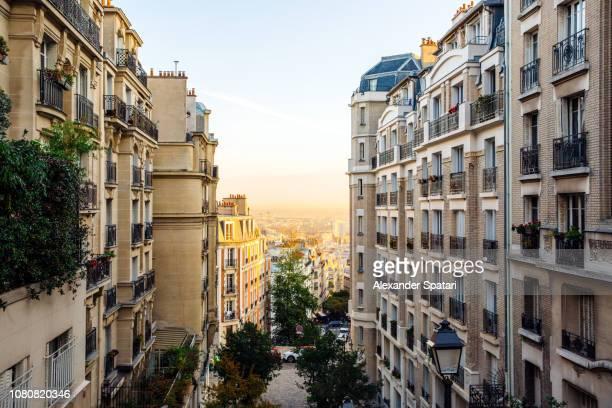 montmartre district in paris, france - ile de france stock pictures, royalty-free photos & images
