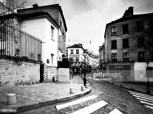 montmartre - paris noir et blanc photos et images de collection