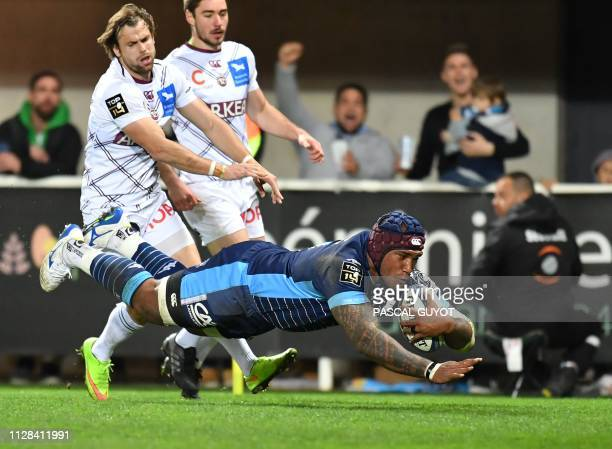 Montpellier's Fiji wing Nemani Nadolo scores a try during the French Top 14 rugby union match between Montpellier and Bordeaux on March 2 2019 at the...