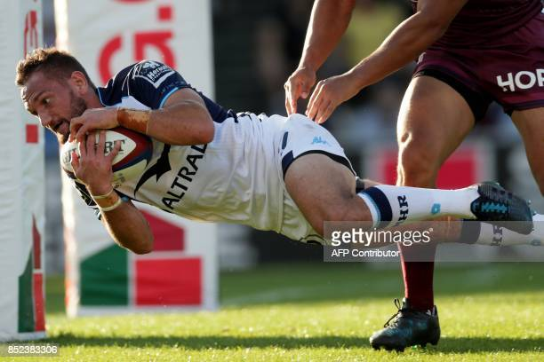 Montpellier's New Zealand flyhalf Aaron Cruden is in action during a French Top 14 rugby union match between BordeauxBegles and Montpellier on...