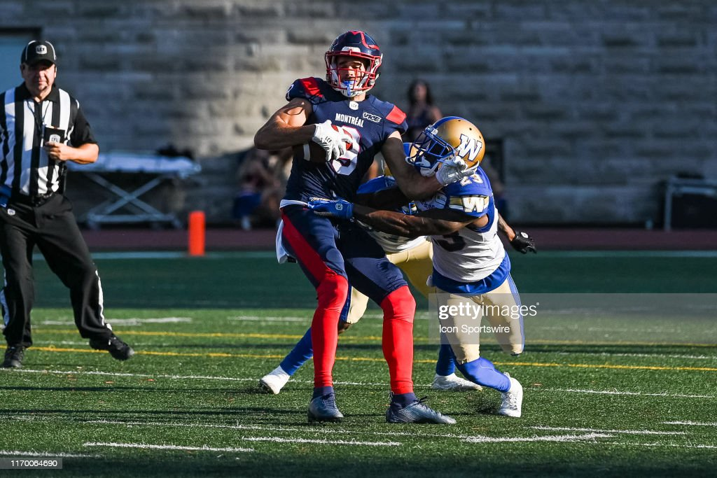 CFL: SEP 21 Winnipeg Blue Bombers at Montreal Alouettes : News Photo
