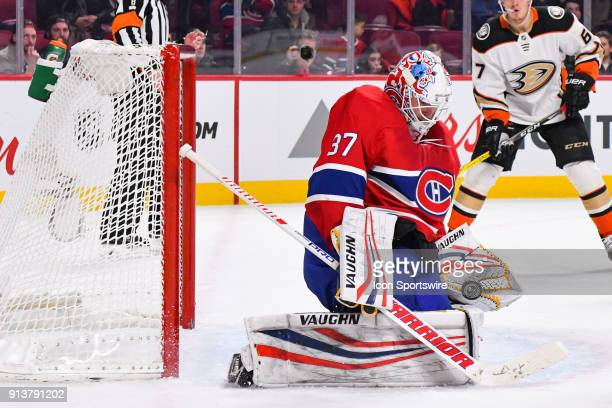 Montreal Canadiens Goalie Antti Niemi makes a save during the Anaheim Ducks versus the Montreal Canadiens game on February 3 at Bell Centre in...