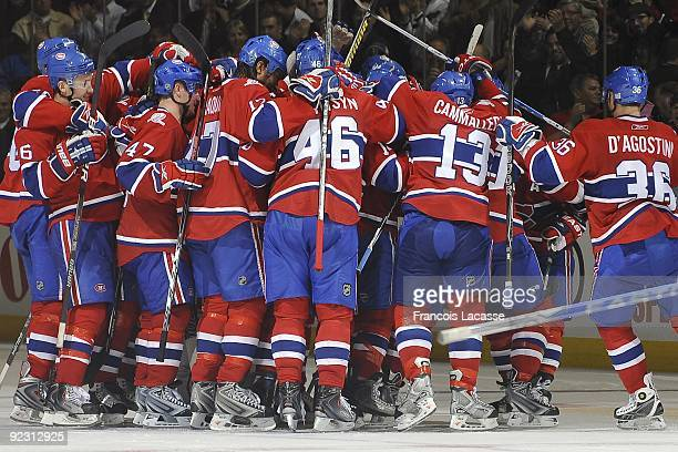 Montreal Canadiens players celebrate the last goal during the NHL game against the Atlanta Thrashers on October 20 2009 at the Bell Center in...