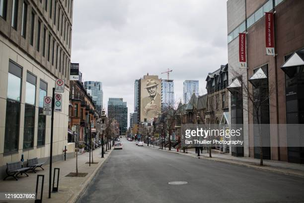 montreal city during lockdown - montréal stock pictures, royalty-free photos & images