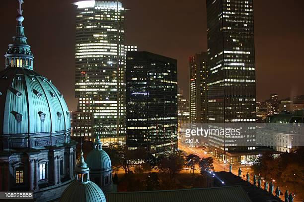 Montréal de nuit panoramique