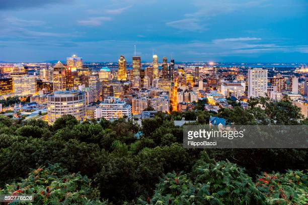 montreal skyline at sunset - montréal stock pictures, royalty-free photos & images