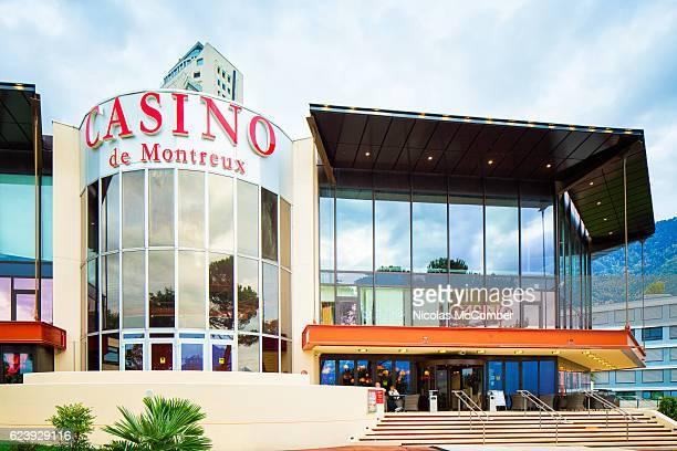 モントルー スイス カジノ ファサード - モントルー ストックフォトと画像