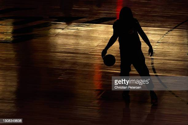 Montrezl Harrell of the Los Angeles Lakers warms up before the NBA game against the Phoenix Suns at Phoenix Suns Arena on March 21, 2021 in Phoenix,...