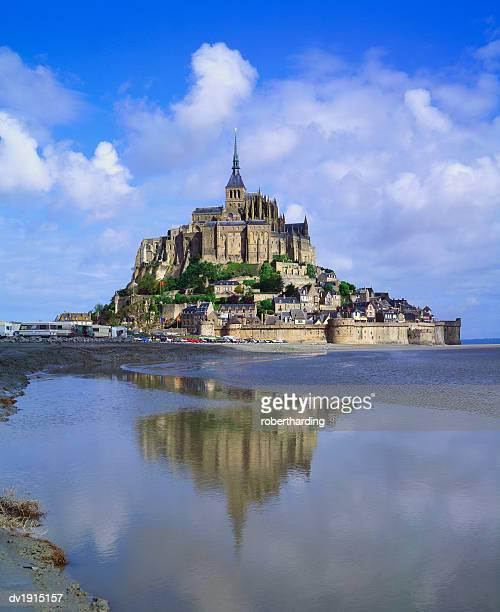 mont-saint-michel, normandy, france - モンサンミッシェル ストックフォトと画像