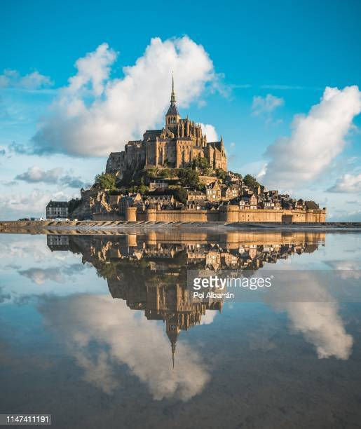 montsaintmichel - unesco world heritage site stock pictures, royalty-free photos & images