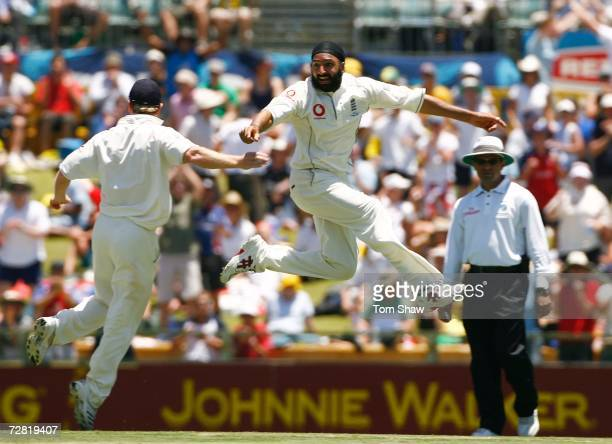 Monty Panesar of England celebrates dismissing Justin Langer of Australia during day one of the third Ashes Test Match between Australia and England...