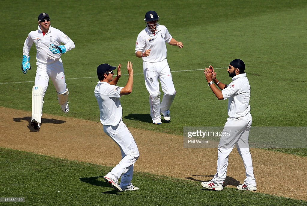 New Zealand v England - 3rd Test: Day 2