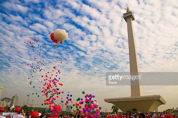 monumen nasional - jakarta stock pictures, royalty-free photos & images