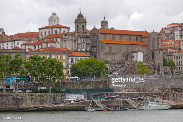 monument church of st francis in porto - gwengoat stock pictures, royalty-free photos & images