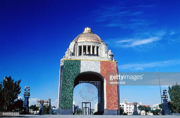 Monument der Revolution 1996