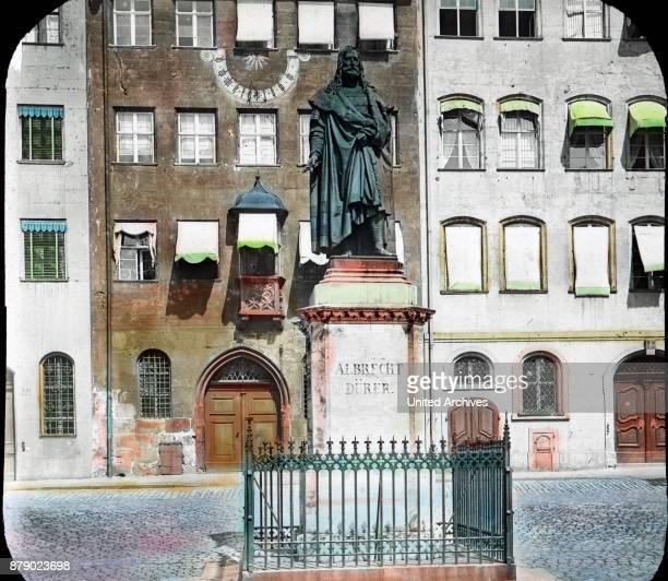 Monument of Albrecht DŸrer in Nuremberg