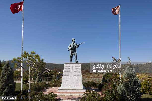 monument of the fallen soldiers of barbaros village,izmir province. - emreturanphoto stock pictures, royalty-free photos & images