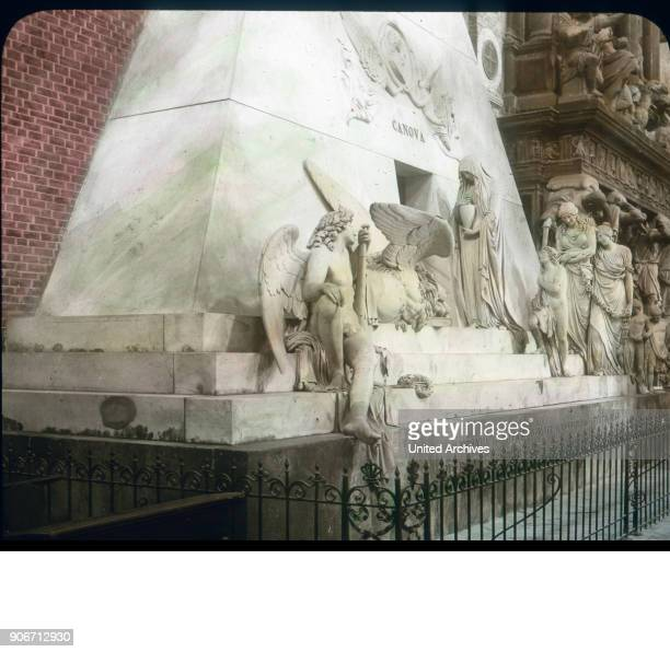 A monument stands out through noble simplicity It is designed at the beginning of the past century by Canova as a monument to Titian But when the...