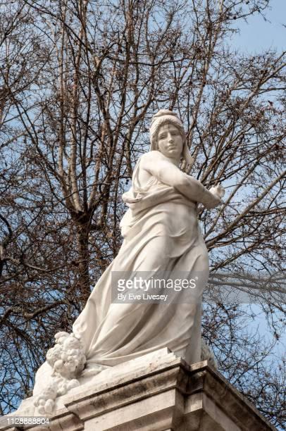 monument to cuba sculpture - catolicismo fotografías e imágenes de stock