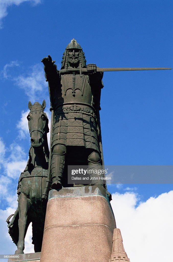 Monument to Gediminas, Founder of Vilnius, Cathedral Square, Vilnius, Lithuania : Stock Photo