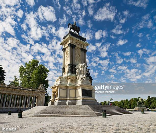 monument to king alfonso xii - alfonso xii of spain stock pictures, royalty-free photos & images