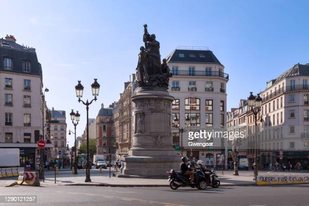 monument to marshal moncey in paris - gwengoat stock pictures, royalty-free photos & images