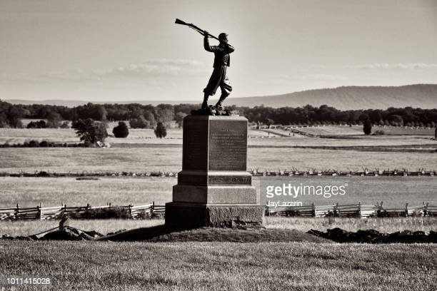 monument to the 72nd pa. infantry regiment, gettysburg, pennsylvania, usa - gettysburg stock photos and pictures