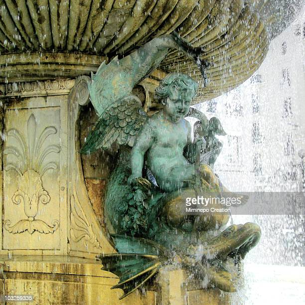monument to the dauphin - grenoble stock pictures, royalty-free photos & images