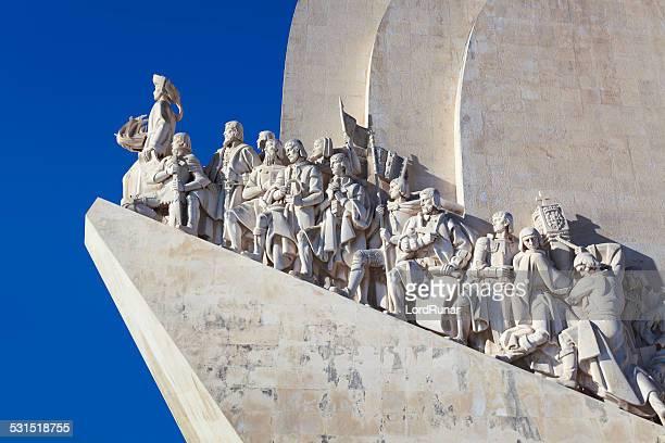 monument to the discoveries - provincie lissabon stockfoto's en -beelden