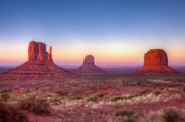 Monument Valley Glow - Fine Art prints