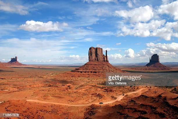 valle monumento - el lejano oeste fotografías e imágenes de stock