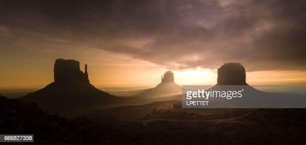 monument valley - monument valley tribal park stock photos and pictures