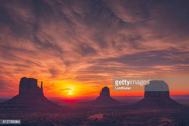monument valley sunrise - american culture stock pictures, royalty-free photos & images