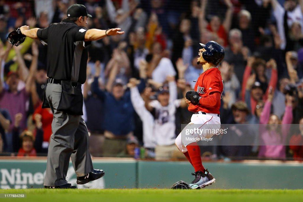 Baltimore Orioles v Boston Red Sox : Fotografía de noticias