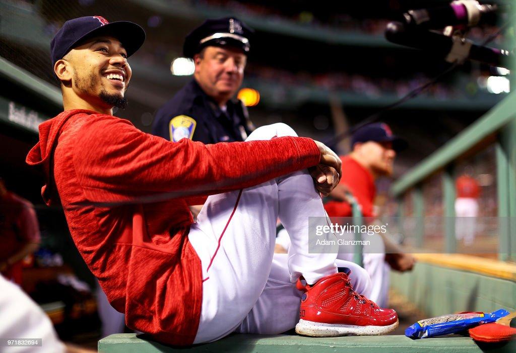 Chicago White Sox v Boston Red Sox : News Photo