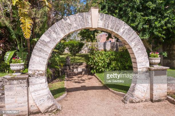 moon gate of bermuda - bermuda stock pictures, royalty-free photos & images