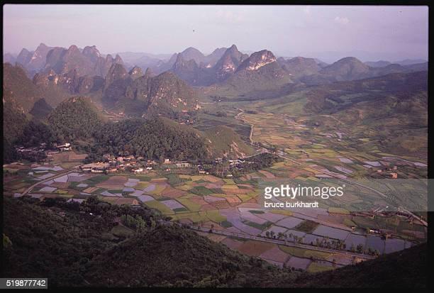 moon hill karsts - yangzhou foto e immagini stock