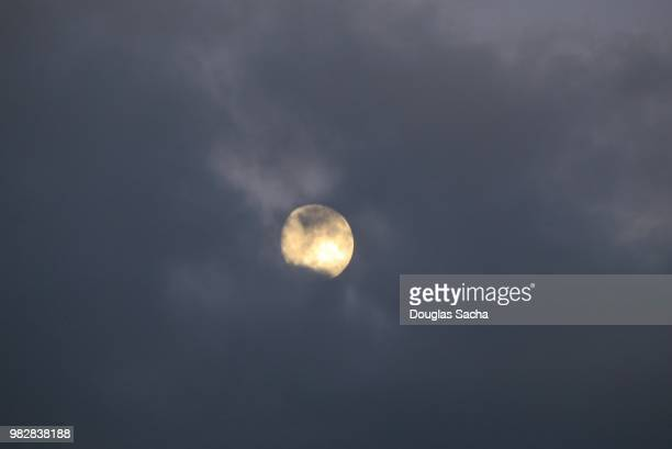 moon in the dark sky - moonlight lovers stock-fotos und bilder