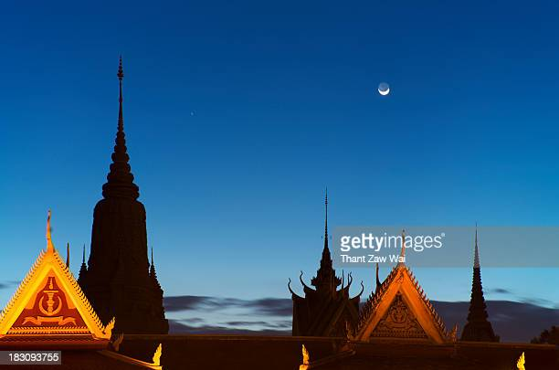 Moon over the Royal Palace