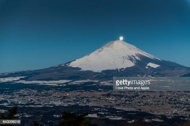 Moon shining Fuji summit