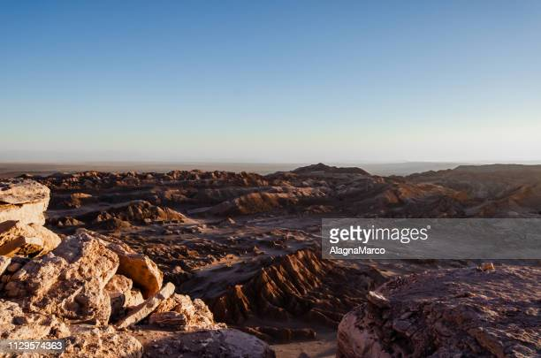 moon valley 2 - luogo d'interesse stock pictures, royalty-free photos & images