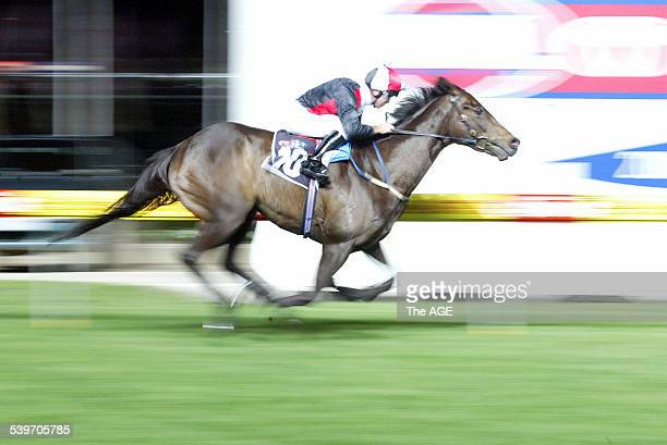 Moonee Valley Race 6 won by No 10 El Segundo on 24th September 2005 THE AGE SPORT Picture by ANDREW DE LA RUE