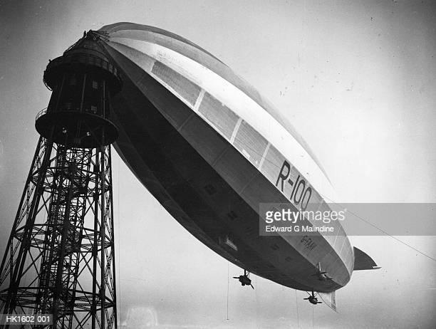 r100 moored - 1920 1929 fotografías e imágenes de stock