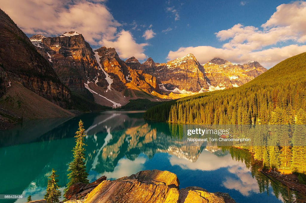 Moraine Lake Banff Canada : Stock Photo