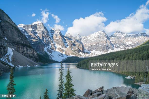 moraine lake, banff national park, canada - famous place stock pictures, royalty-free photos & images