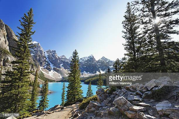 moraine lake - valley of the ten peaks stock pictures, royalty-free photos & images