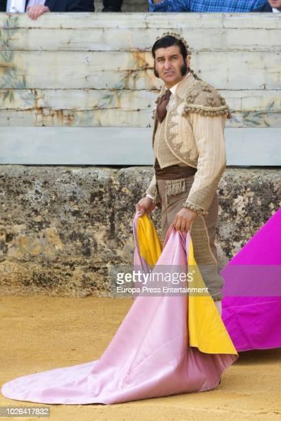Una foto de Morante cada día - Página 18 Morante-de-la-puebla-attends-goyesca-bullfights-2018-on-september-1-picture-id1026417832?s=612x612